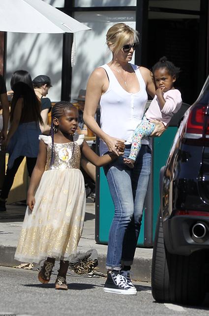 Шарлиз Терон призналась, что ее сын Джексон — девочка звездные дети, шарлиз терон