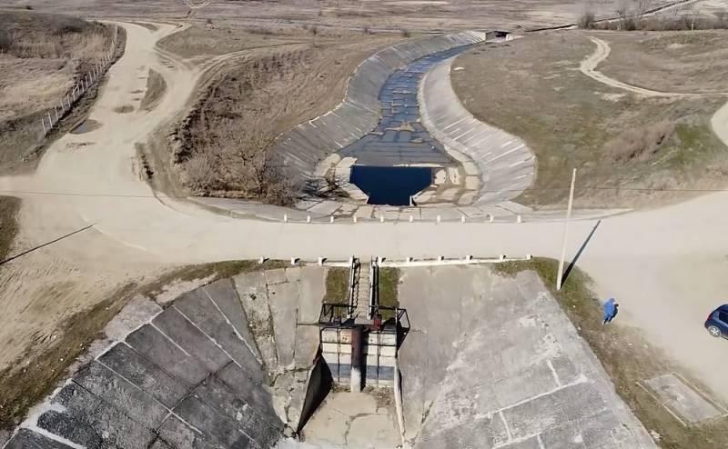 Киев пустит воду в Крым только в случае «настоящей экологической катастрофы» Новости