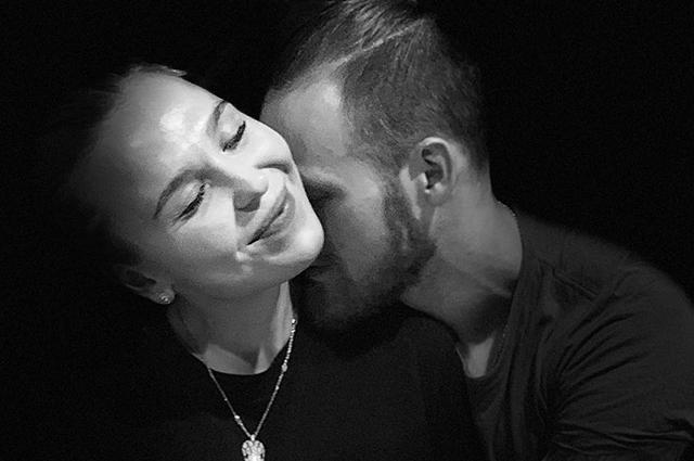 Баня, бассейн и криокамера: Иван Телегин и Пелагея отдыхают в Минске