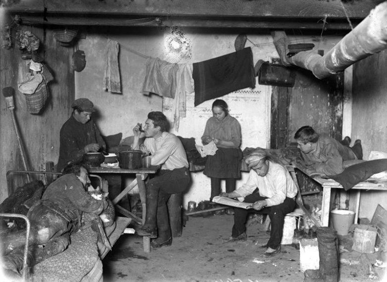 Как жили в советских общежитиях