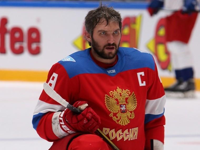 «Мужики— красавцы!»— Овечкин поздравил российских хоккеистов сзолотом Олимпиады-2018