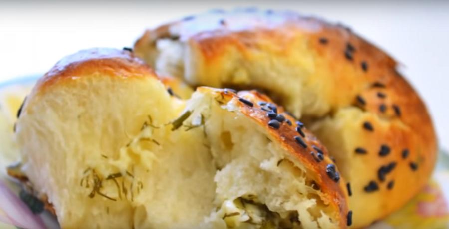 Ну, очень вкусные булочки слоеные с сыром