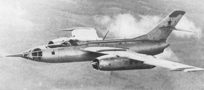 Как советские летчики ценой …
