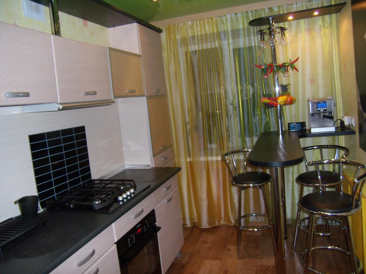 Дизайн кухни с барной стойкой для 9 квм.