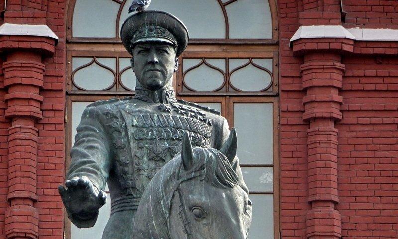 7. Георгий Жуков ленин, памятник, память, пушкин, россия, топ
