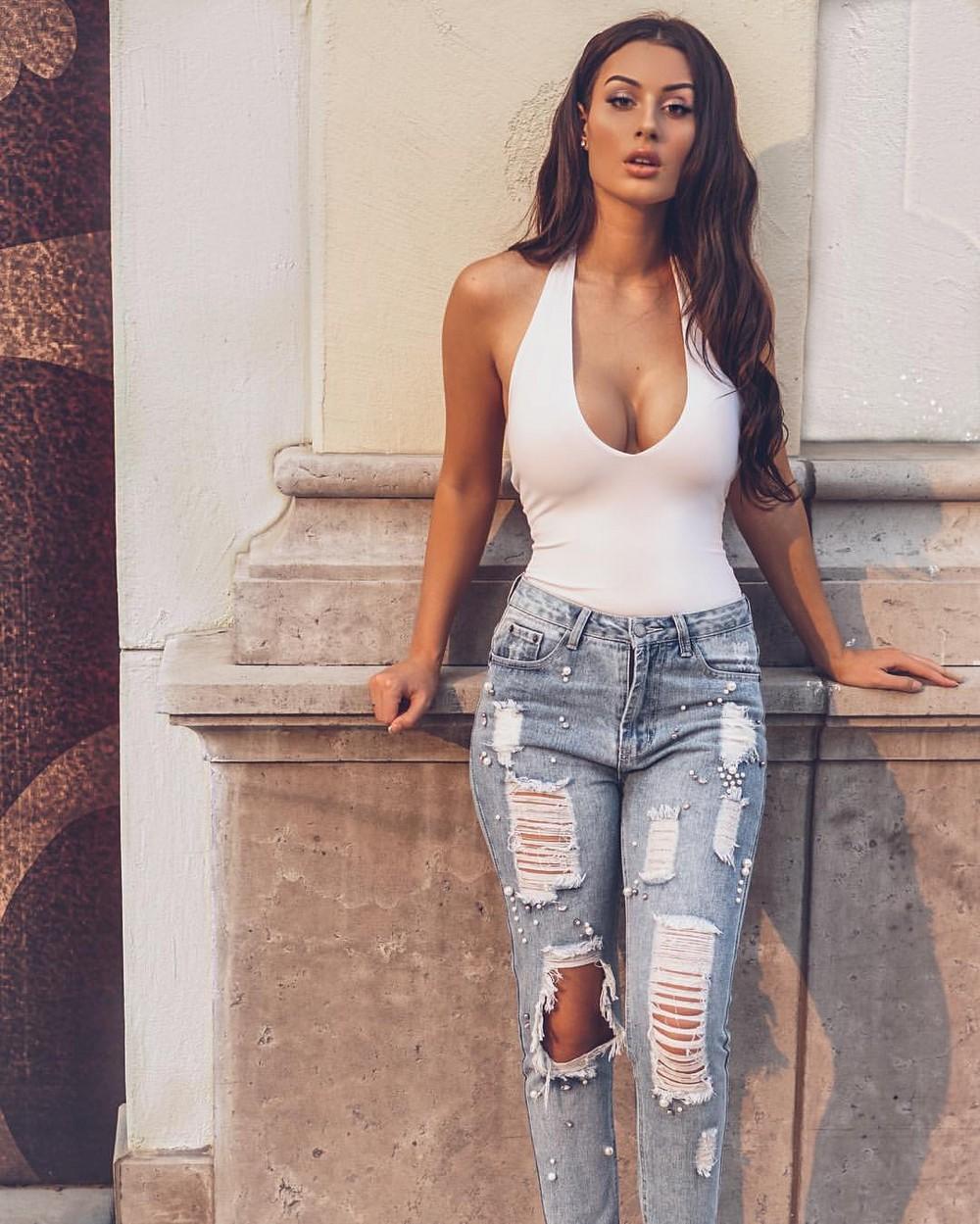 Красивые девушки в обтягивающих джинсах картинки, девушки, красотки