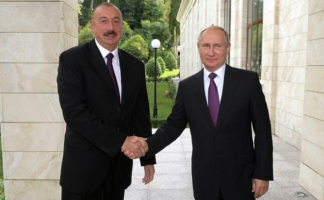 Встреча Путина и Алиева завершилась подписанием десяти соглашений