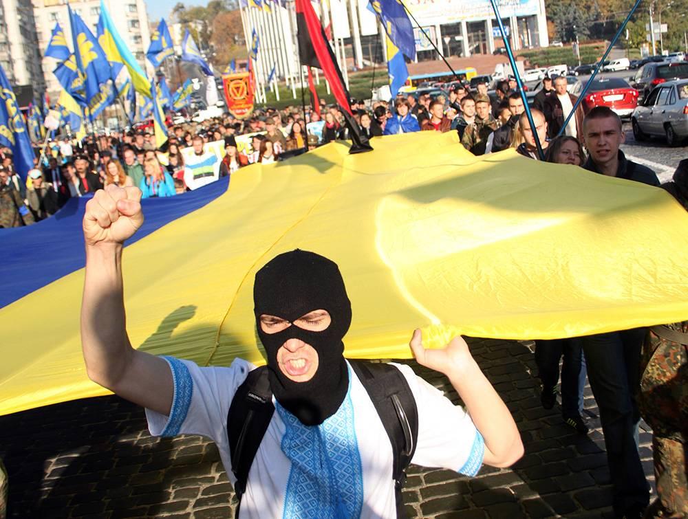 Отношение к украинскому монс…