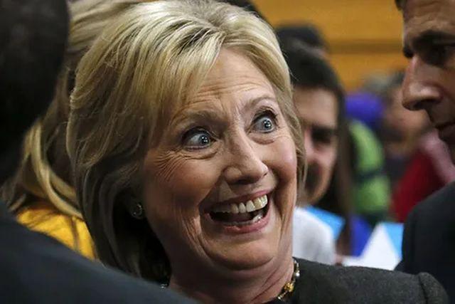 Глава разведки США опубликовал компромат на Клинтон в преддверии выборов геополитика
