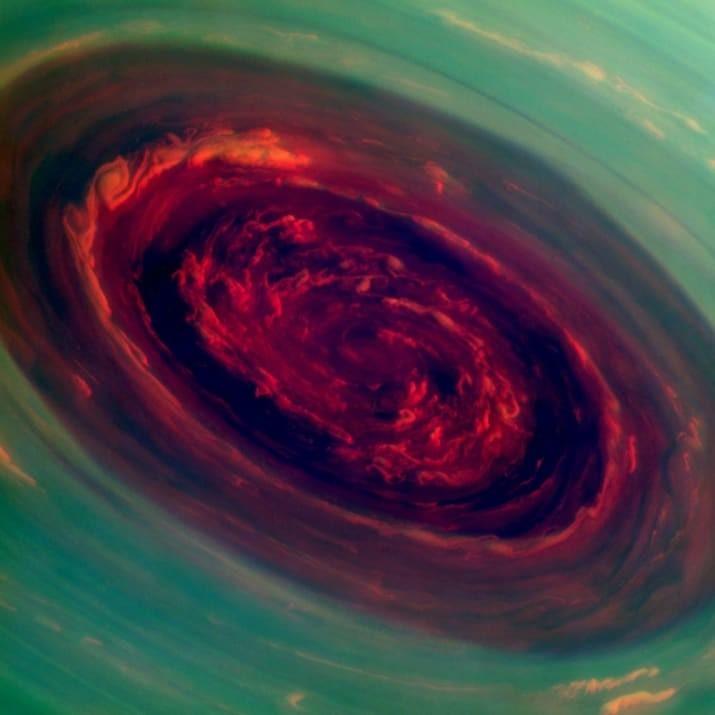 Огненная воронка бури на Сатурне ТУМАННОСТИ, звезды, космический телескоп, космос, необычно, планеты, снимки, фото