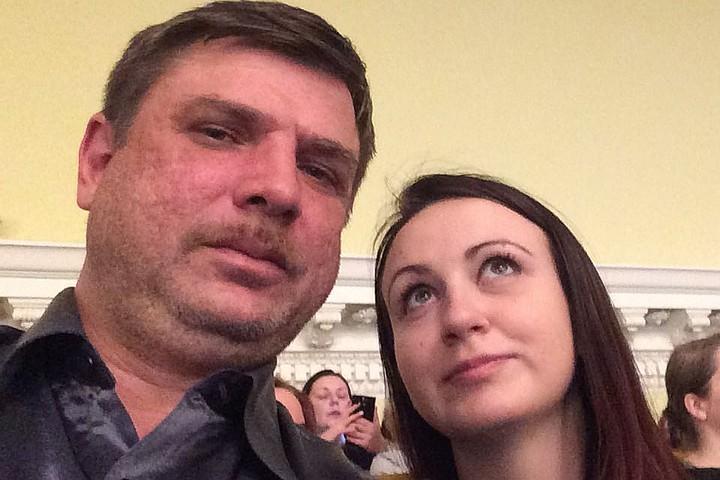 Актер из сериалов «Интерны» и «Карпов» заявил в полицию об исчезновении жены и грудного ребенка