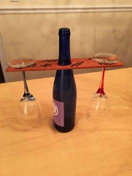 МАСТЕРИЛКА. Деревянная подставка для вина и бокалов