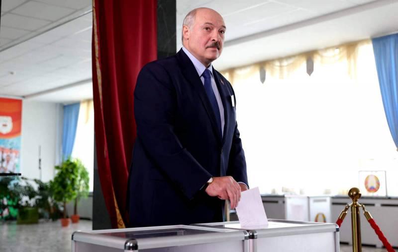 Политолог: Лукашенко все глубже загоняет себя в ловушку, из которой нет выхода Новости