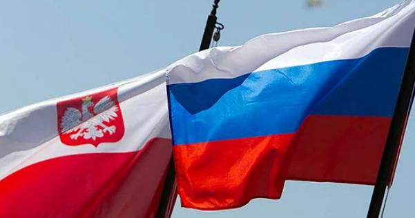 Польша хочет выслать российс…