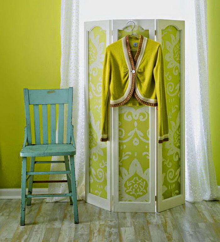 Спальня в цветах: голубой, светло-серый, белый, салатовый. Спальня в .