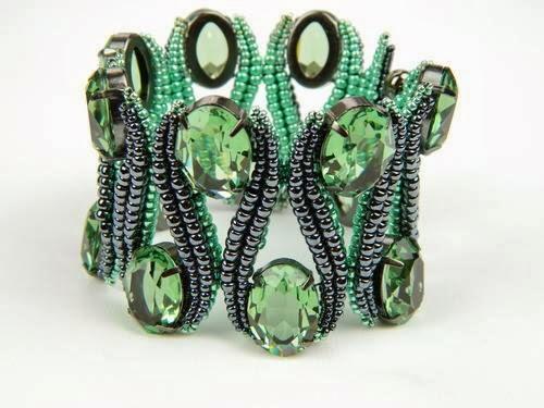 Изумительно красивый браслет…