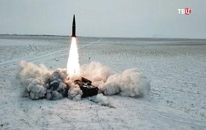 """Минобороны показало боевой запуск ракеты """"Искандер-М"""""""