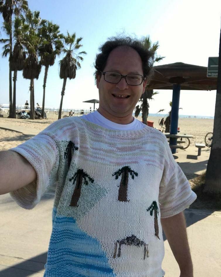 Теплый туризм: американец вяжет свитера сдостопримечательностями история,мир,самостоятельные путешествия,туризм,турист