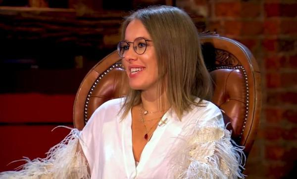 Светлана Бондарчук показала видео романтического танца Собчак и Богомолова