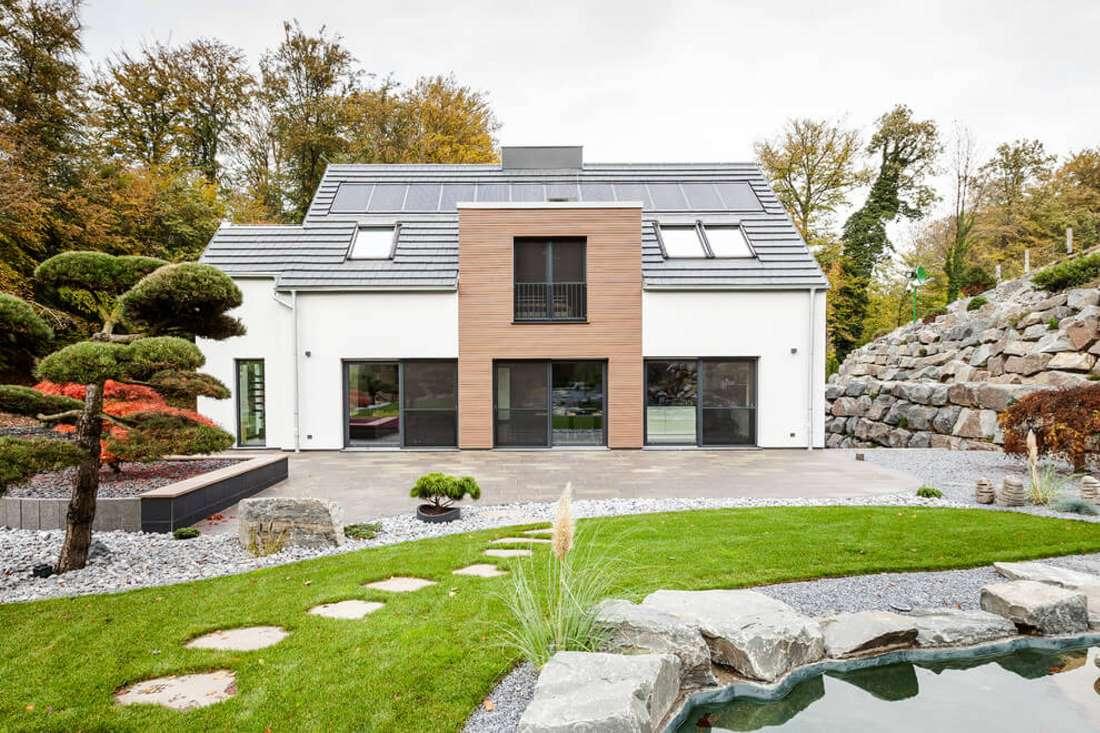Реконструкция 70-летнего дома в Германии в современное энергоэффективное жилище (фото)