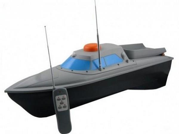 13. Рыбалка с помощью радиоуправляемого кораблика