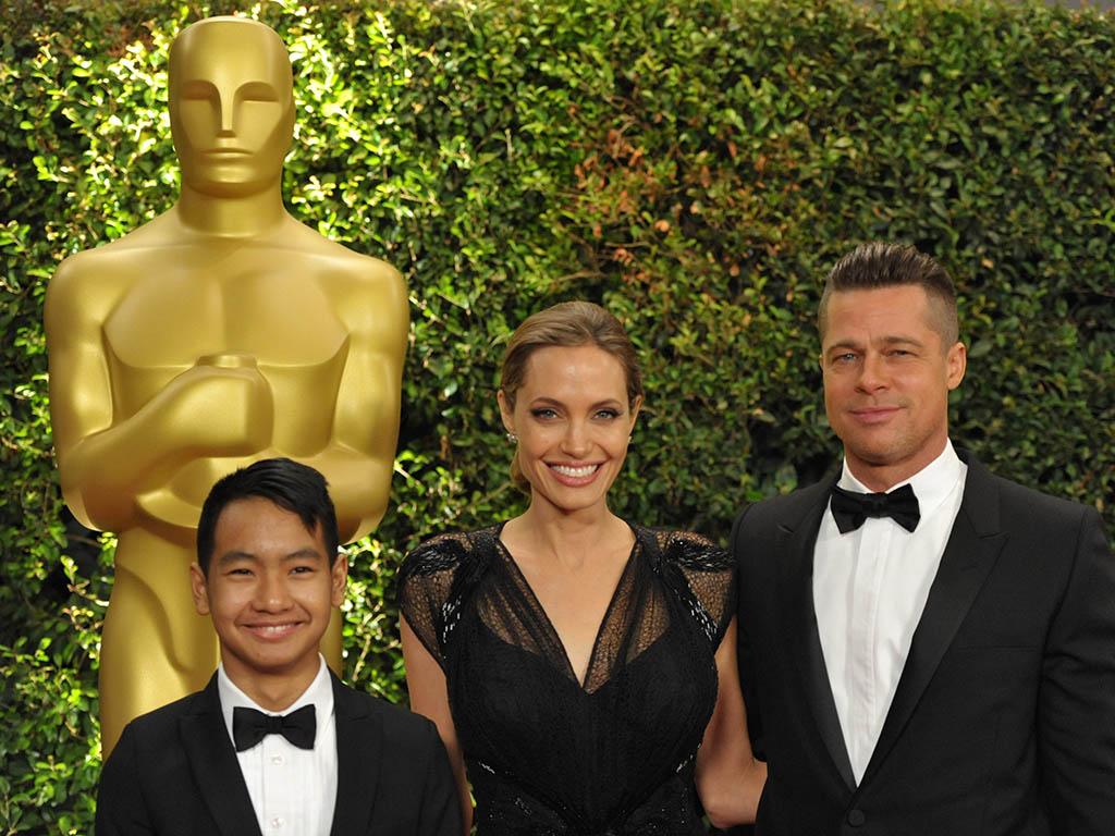 Дети Анджелины Джоли начали учить русский язык вместо посещения школы