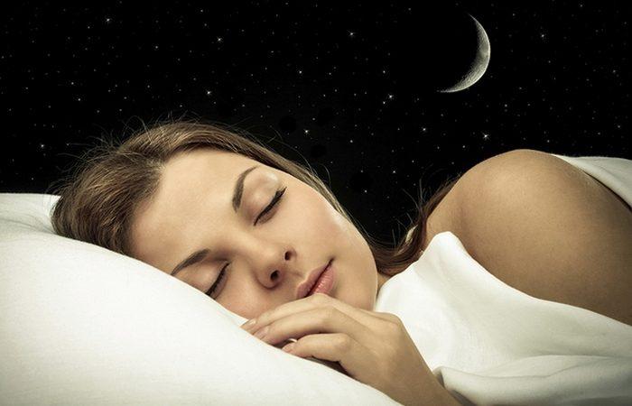 Простые способы, которые помогут хорошо отдохнуть во время сна