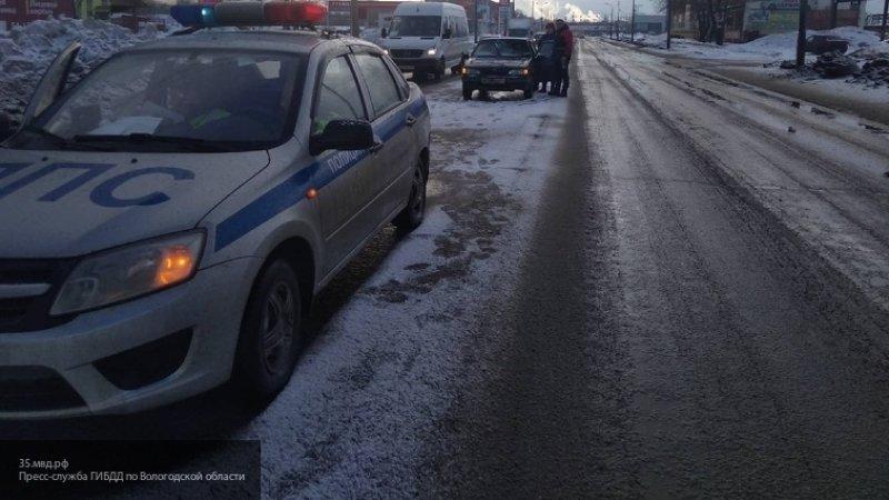 Два грузовика столкнулись в Вологодской области, погибли три человека