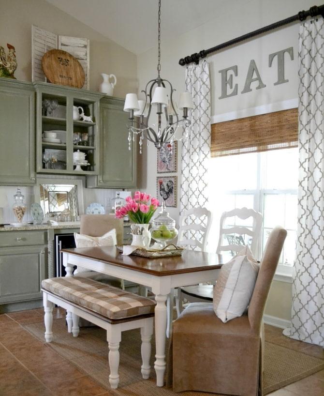 комбинированная штора в интерьере кухни