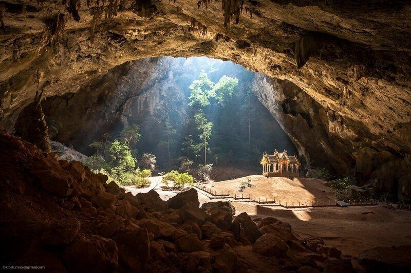 Буддистский храм в пещере позитив, фото, это интересно