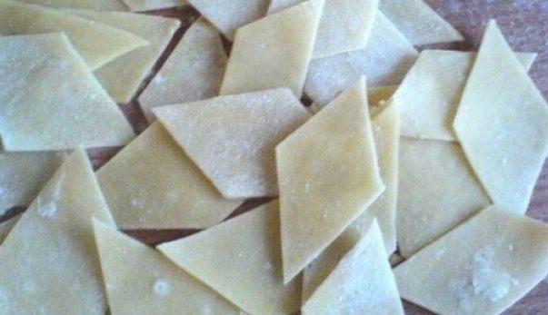 Как приготовить бешбармак из говядины: ингредиенты и пошаговый рецепт