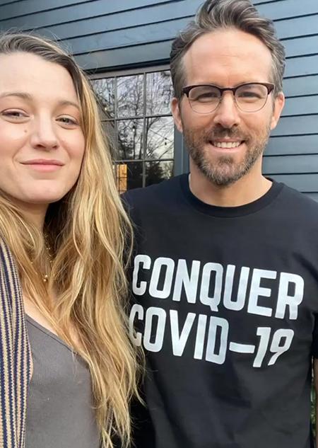 """Райан Рейнольдс нашел лучший способ собрать деньги в помощь медикам: """"В этой футболке вы будете невидимы для тещи!"""" Стиль жизни,Благотворительность"""