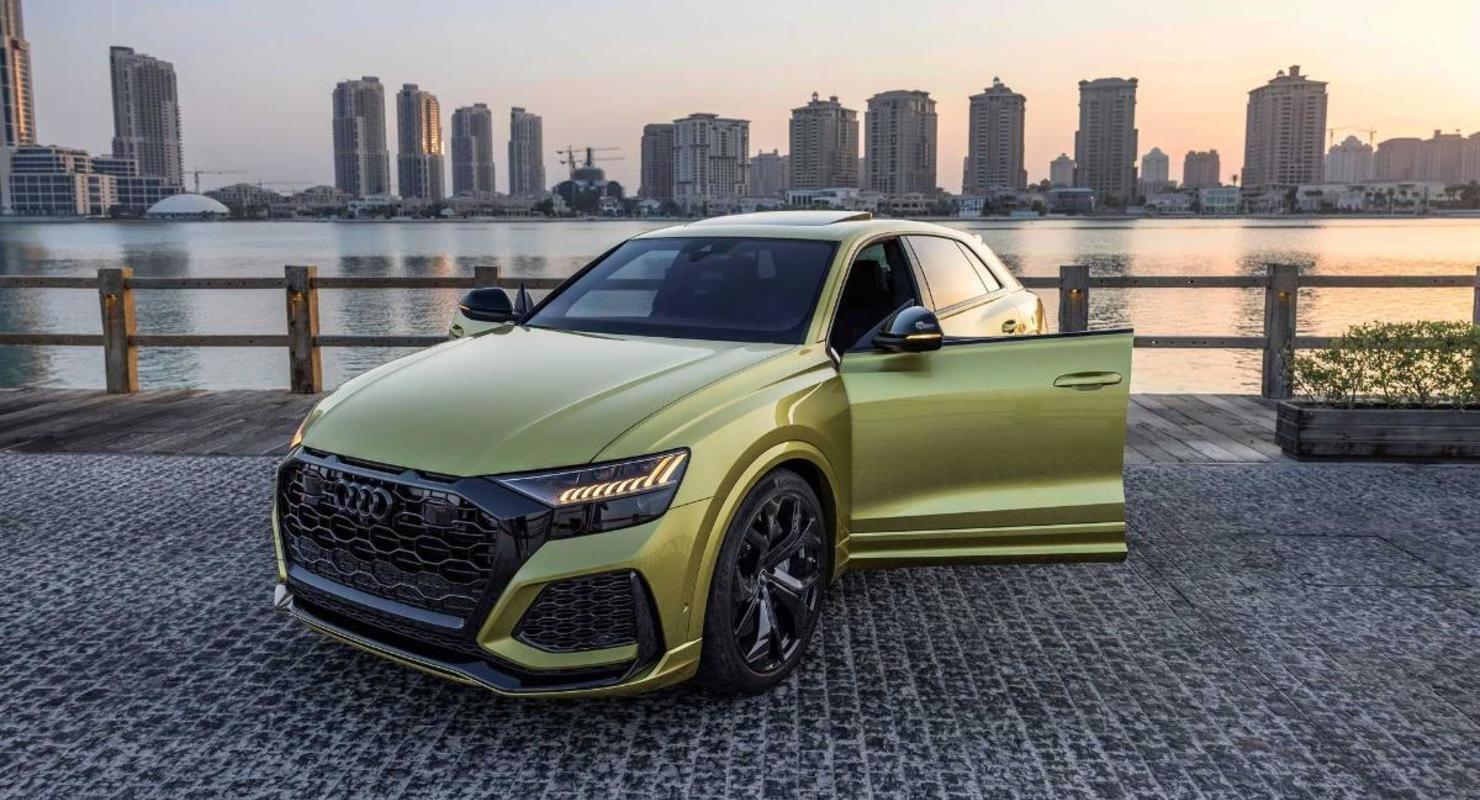 Единственный в своем роде желтый кроссовер Audi RS Q8 показали в Сети Автомобили