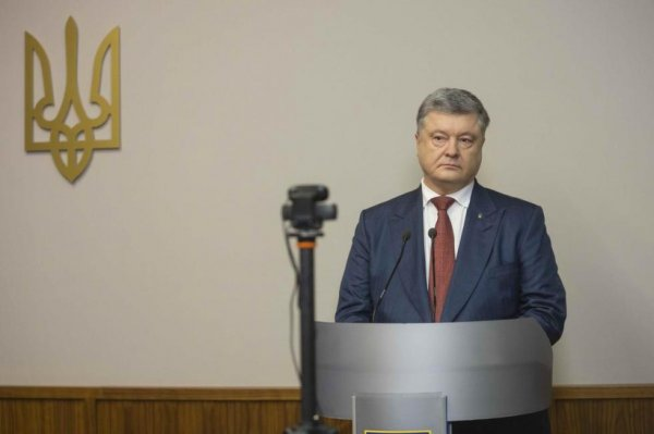 Порошенко крышует коррупцию в Вооруженных силах Украины