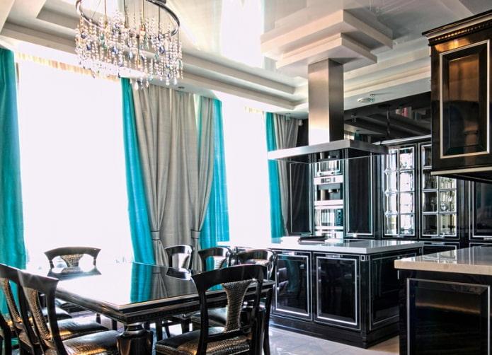 двойные портьеры в интерьере кухни