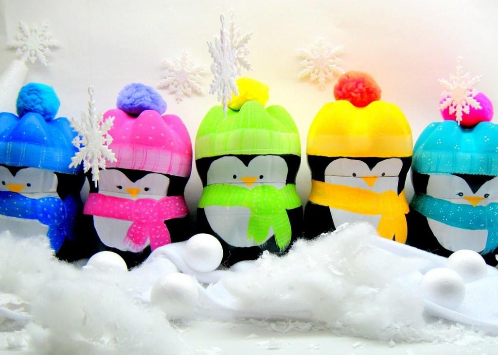 Новогодние пингвины из пластиковых бутылок
