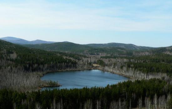 Одно из самых загадочных озер на Земле находится  в Кузнецком Алатау. Россия