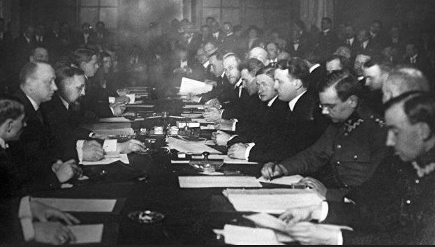 Почему Россия в 1921 году отдала часть своих земель Польше история