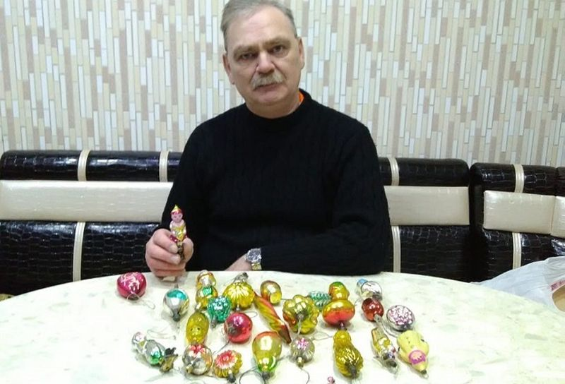 Найденные в кладовке старые елочные игрушки потянули на миллион рублей