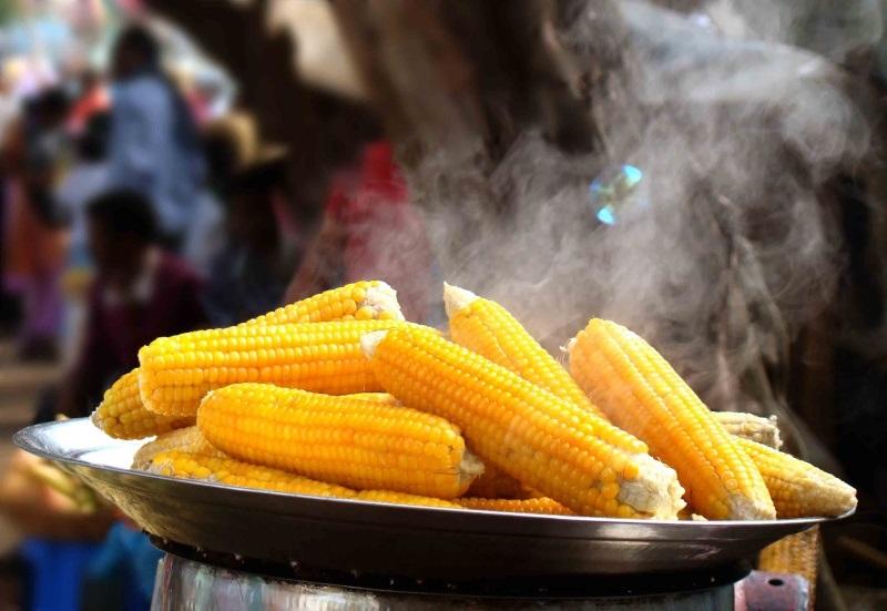 Отведайте вкуснейшую кукурузу, добавив в кастрюлю 2 секретных ингредиента!
