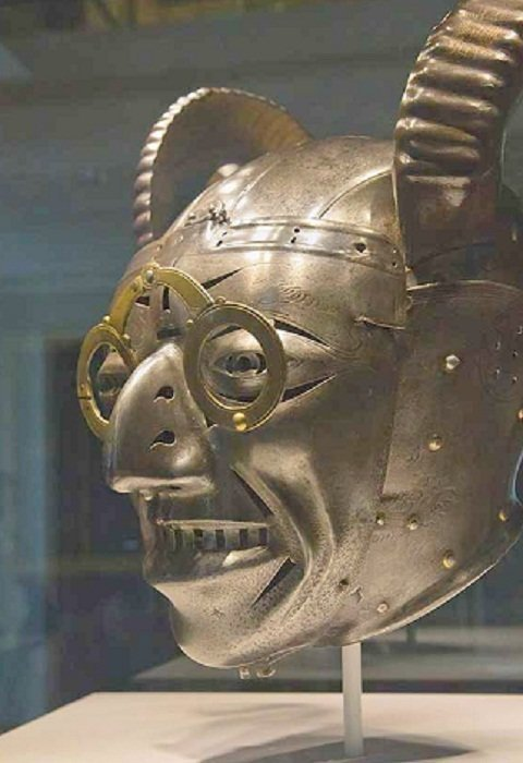 Потерянные доспехи и «Рогатый шлем» Генриха VIII доспехи, рыцари, средневековье