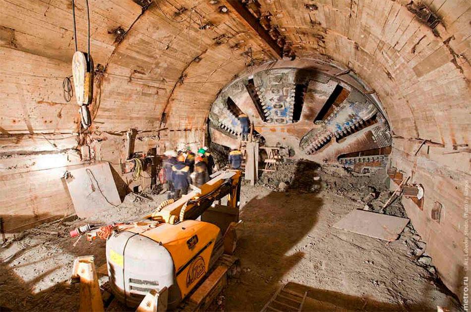 Россия помогает Украине строить метро