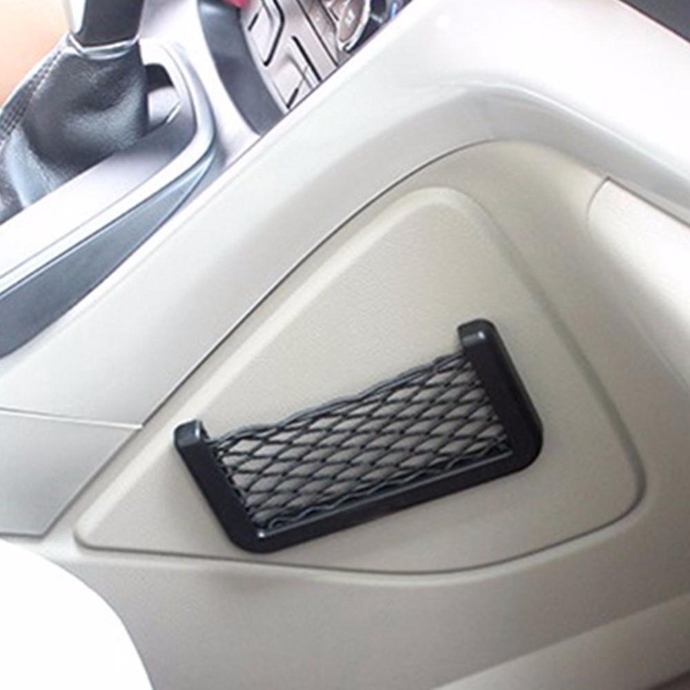 Телефон в автомобиле: 9 способов держать его перед глазами