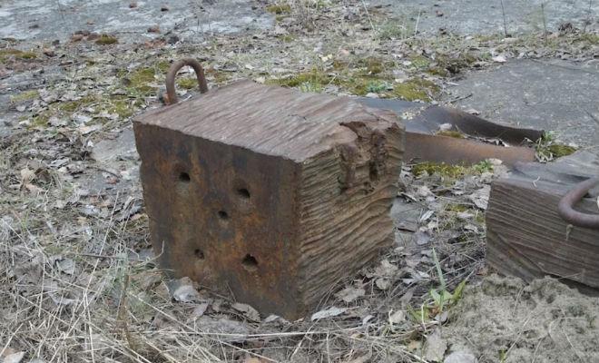 Пробой 50 сантиметров стали: следы неизвестного оружия