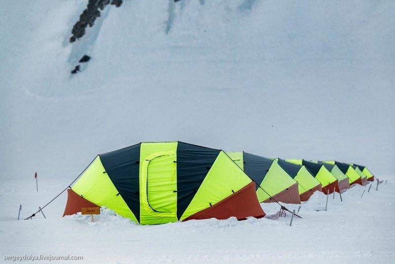 Как устроен лагерь путешественников антарктида, интересно, пик Винсона, путешествие, скалолазание, фотоотчет