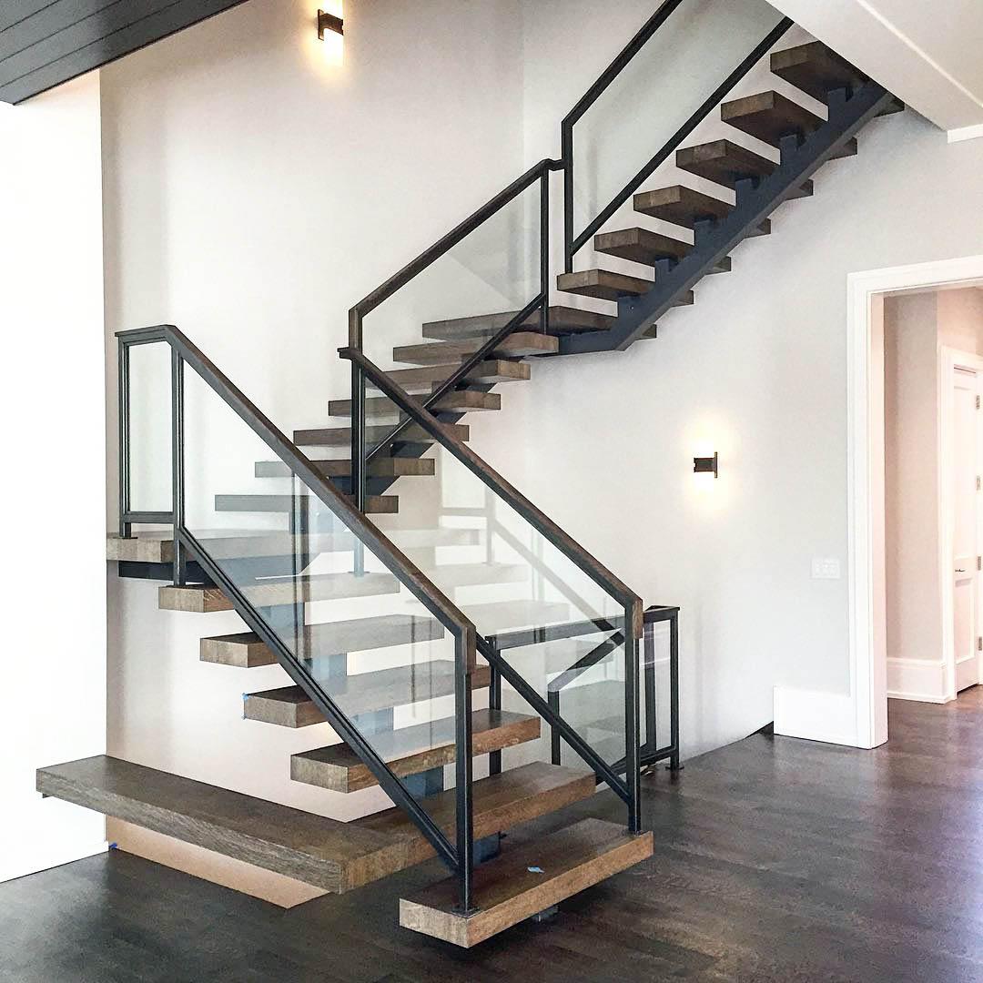 него тоже дизайн металлических лестниц в частном доме фото фото можете
