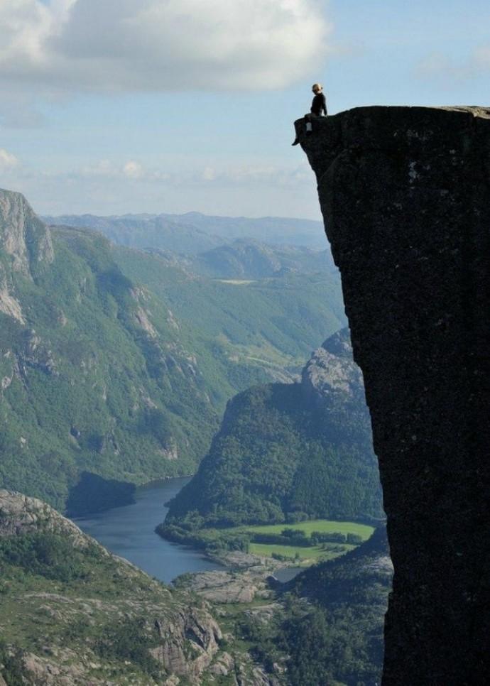 Скала для самых смелых поездка,страны,туризм
