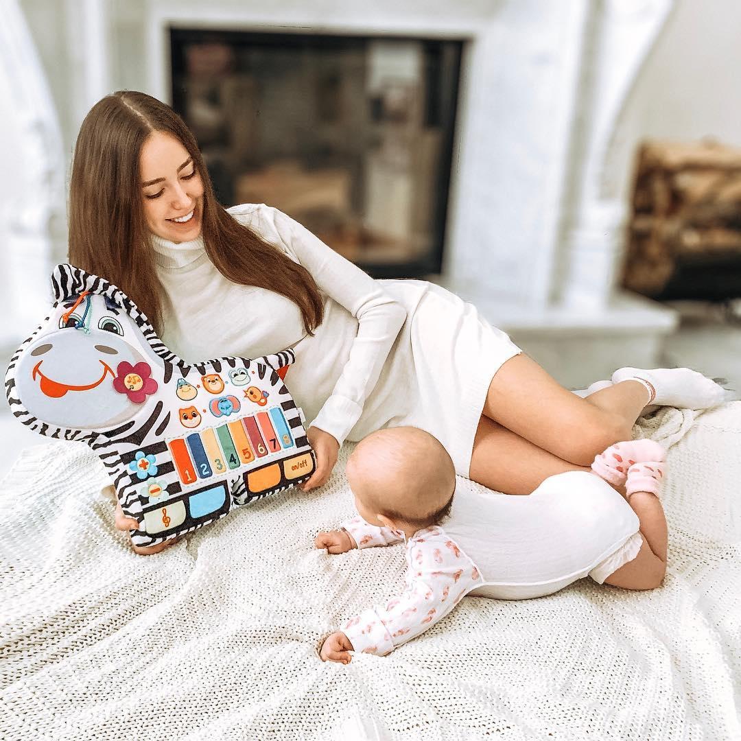 Анастасия Костенко фото с пя…