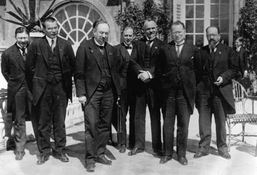Актуальная история: как большевики прорвали блокаду Запада