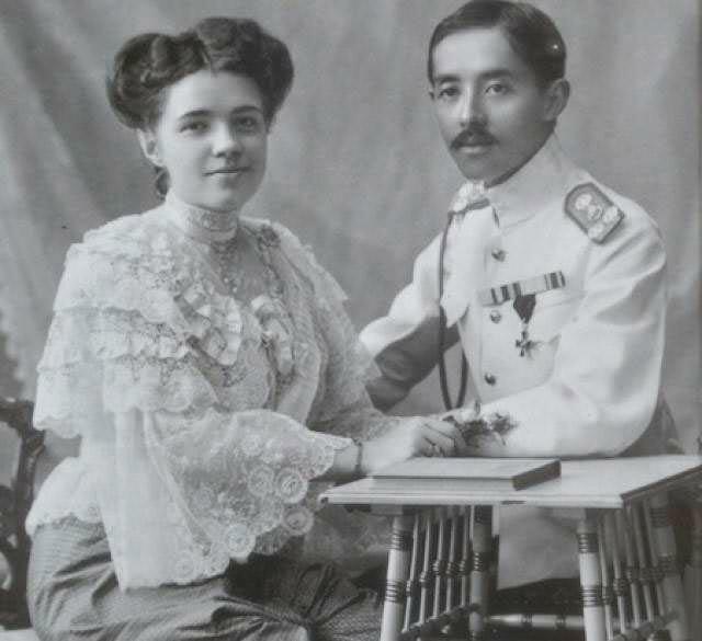 Русская принцесса Таиланда: как сестра милосердия стала коронованной особой